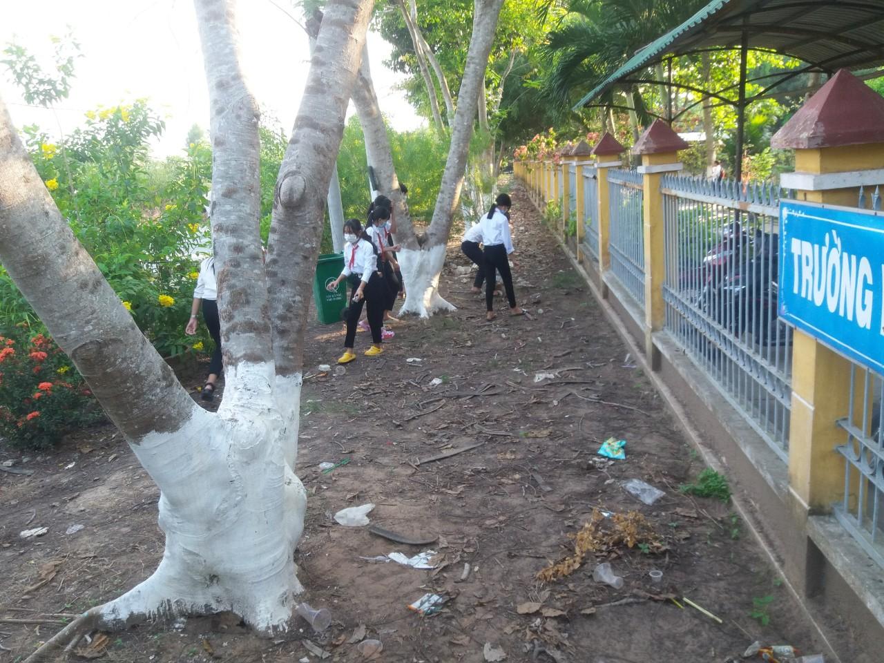 Hoạt động BVMT ngoài trường